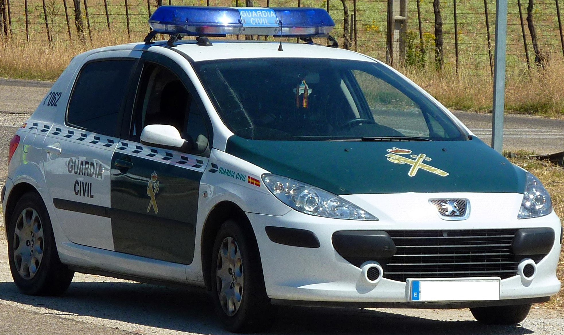GuardiaCivil-COCHE