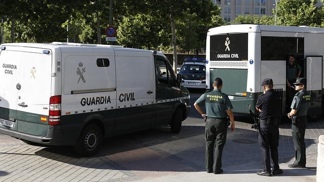 coche-guardia-civil-abc--644x362