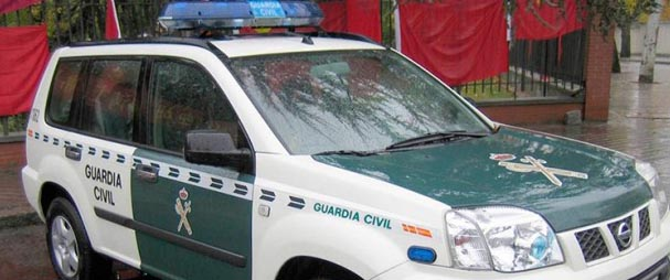 guardia-civil-soria-coche23-11-15