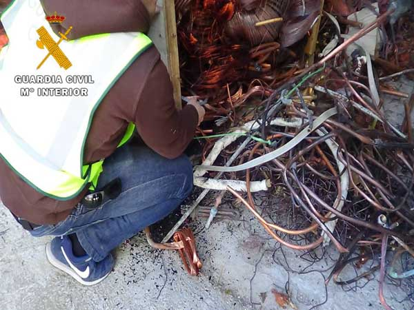 guardia-civil-zaragoza-robo-cable-25-11-15 2