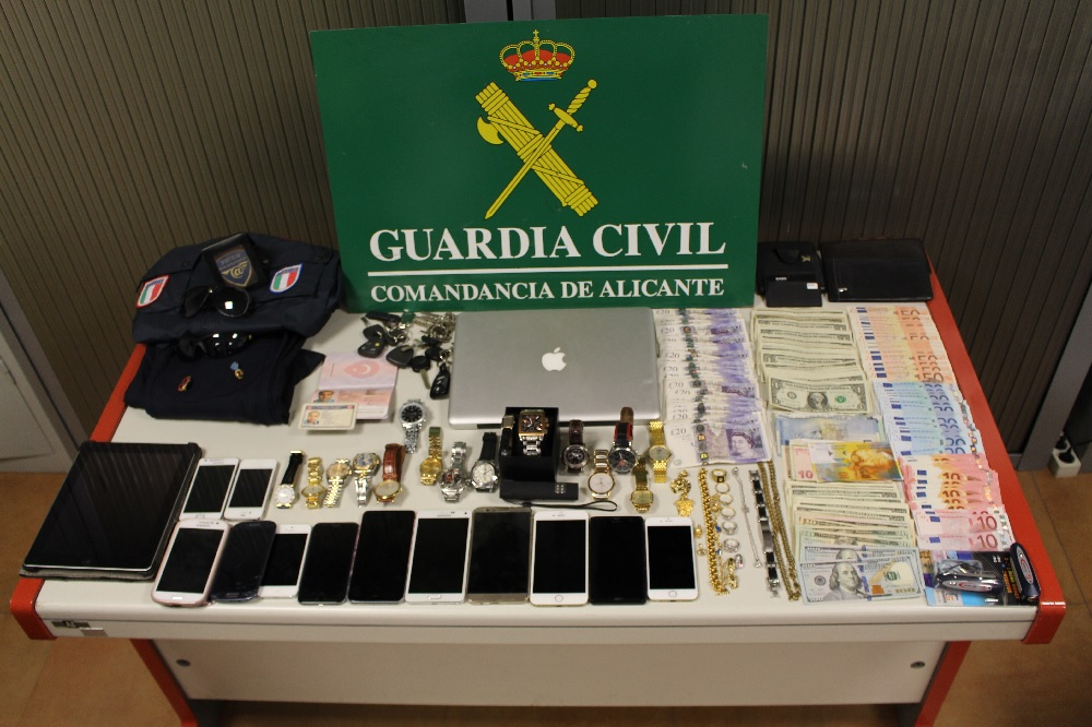 guardia-civil-benidorm-detenidos-policias-full