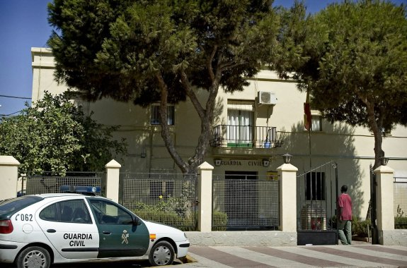 cuartel-guardia-civil-roquetas-mar