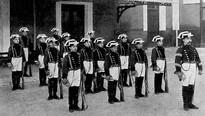 Guardia Civil Banda Cornetas Colegio Guardias Jovenes1900