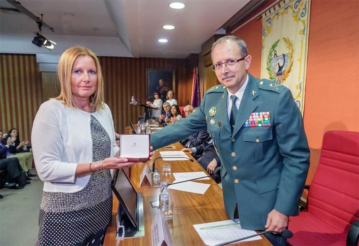 xhomenaje carretera guardiacivil barbastro