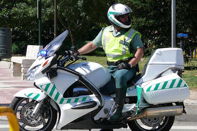 Moto-Guardia-Civil-Trafico