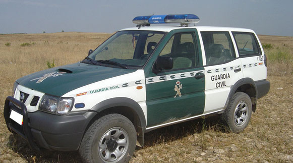 Nissan Terrano II Guardia Civil
