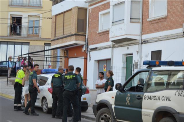 guardia civil terurl-vecinos-familiares