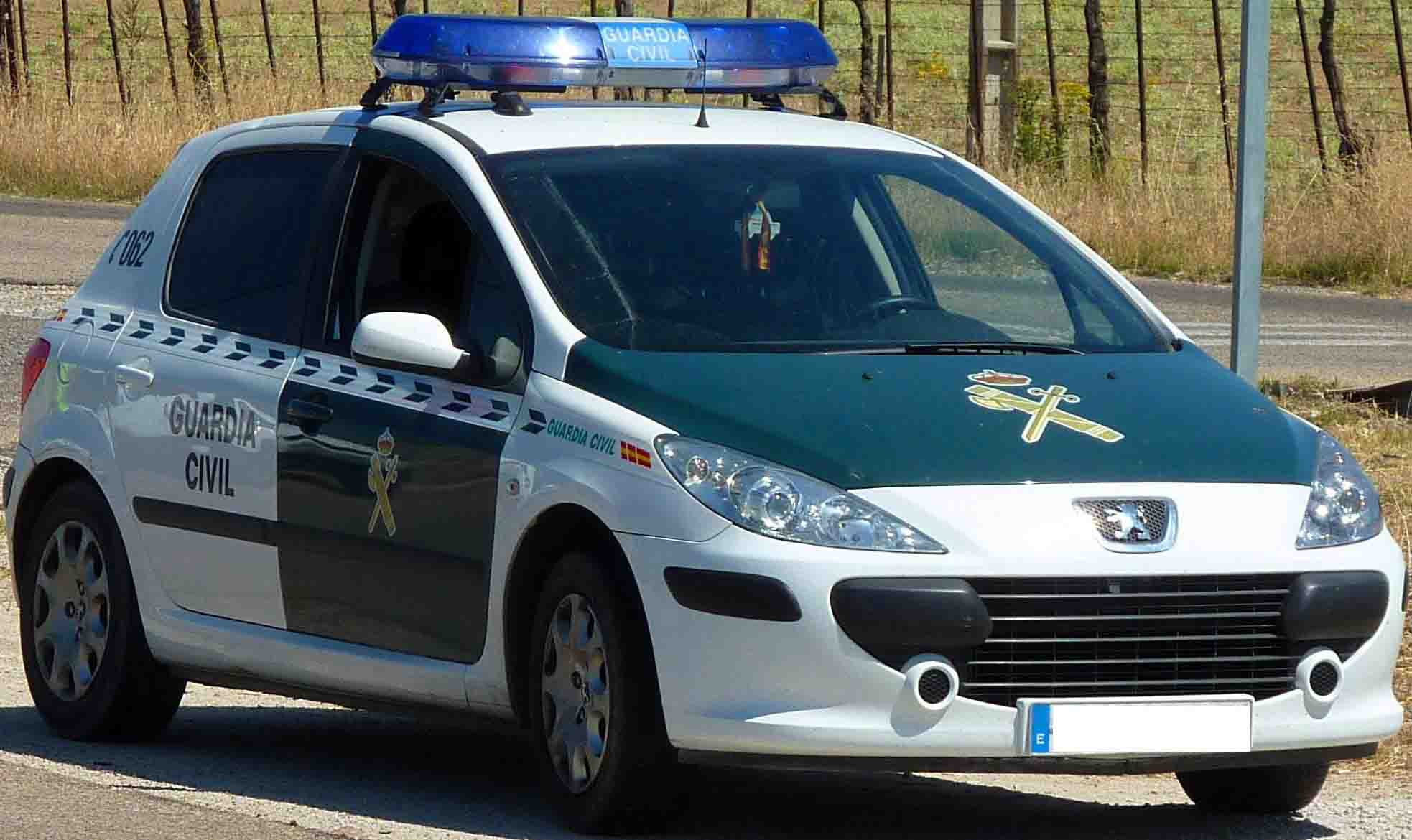 guardia-civil-peugeot-306