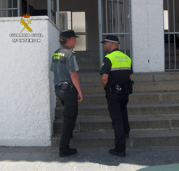 guardia-civil-huelva-documentacion-1-ALMONTE
