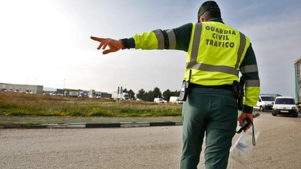 guardia civil tradfico