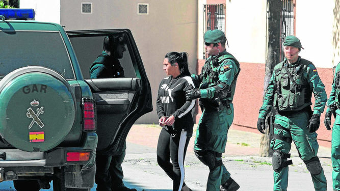 GAR detenida vehiculo Guardia Civil 1245785574 84706281 667x375