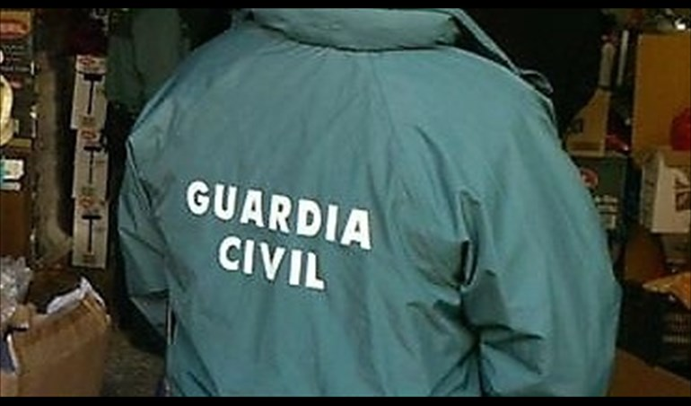 guardia civil uniforme