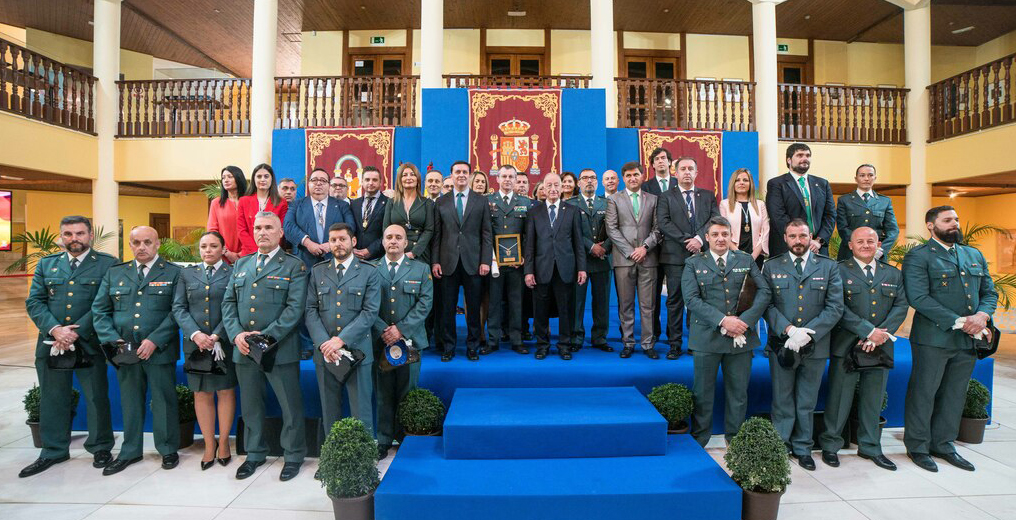 medalla oro roquetas guardia civil