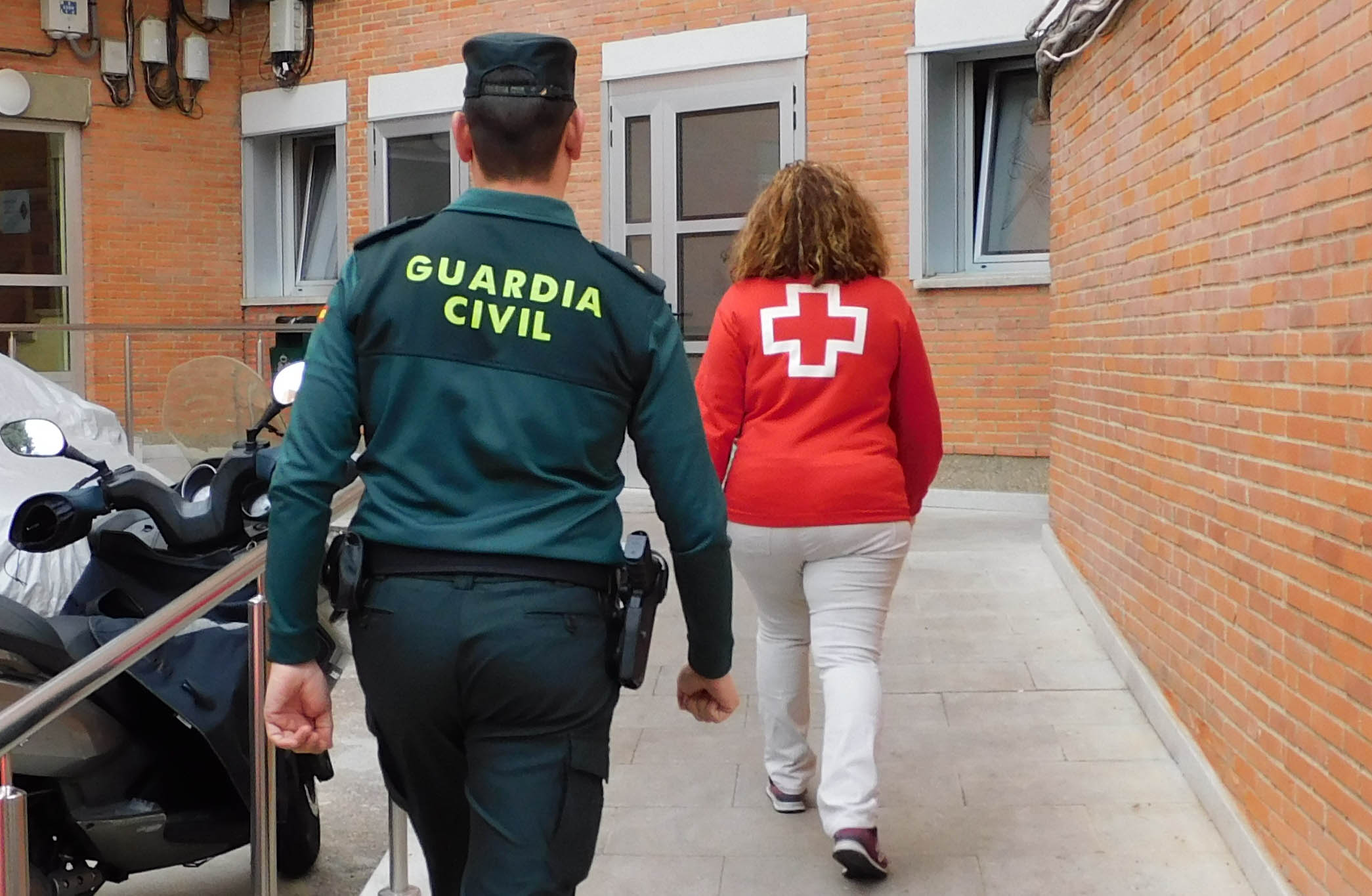 1 guardia civil zamora cruz roja